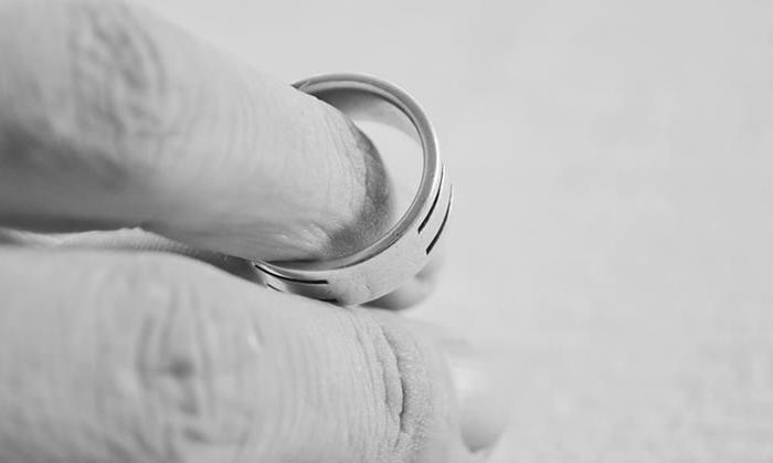 avoid divorce fees