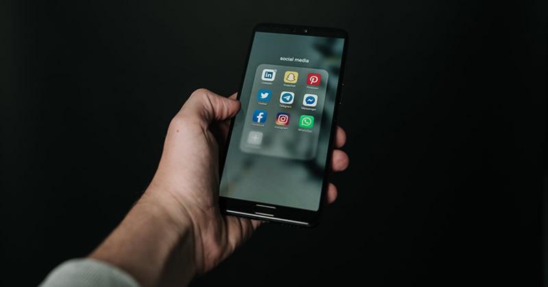 social media family law act